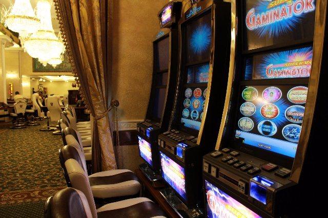 Игровые аппараты Graf Casino приносят прибыль игроманам